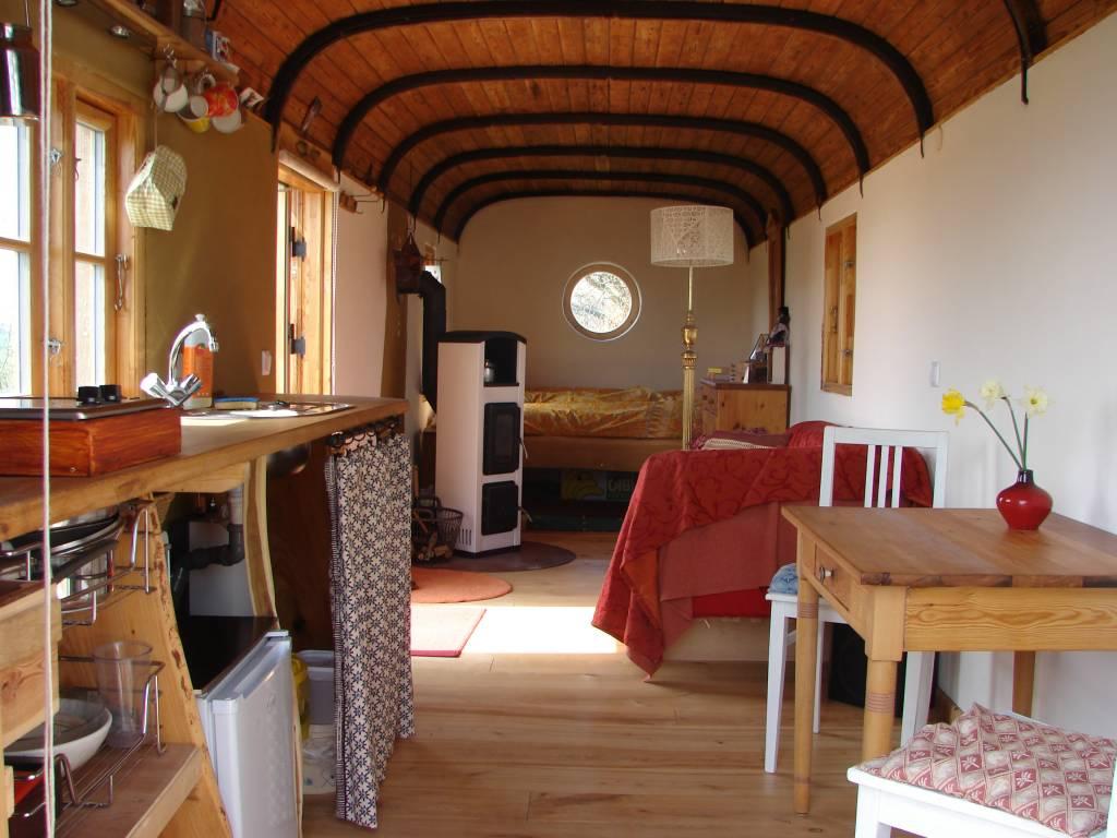 im bauwagen von anno dazumal um die welt mit mir der travelblog von marita persian. Black Bedroom Furniture Sets. Home Design Ideas