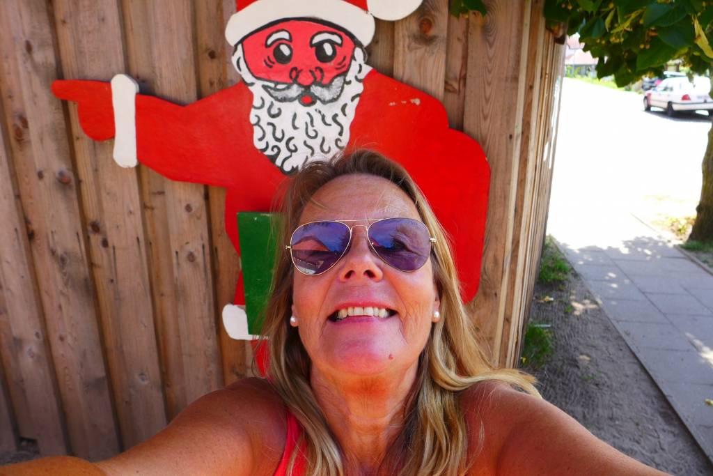Weihnachtsmann und Reißzwecke