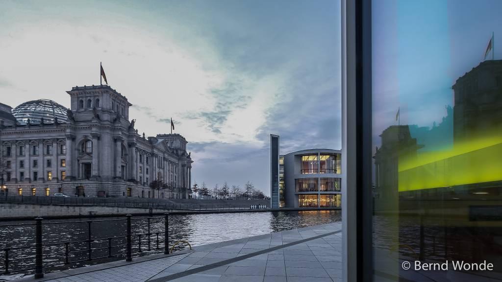 Fotoreise Berlin - Reichstag mit Paul Löbe-Haus Abendstimmung