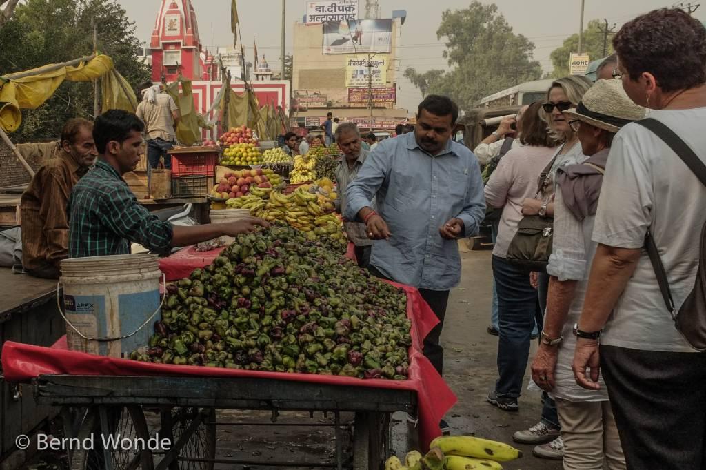 Wasserkastanie auf einem Marktstand