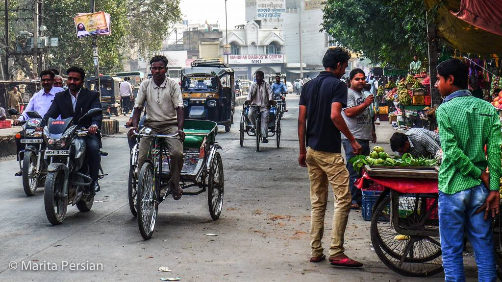 Rikscha und Moped