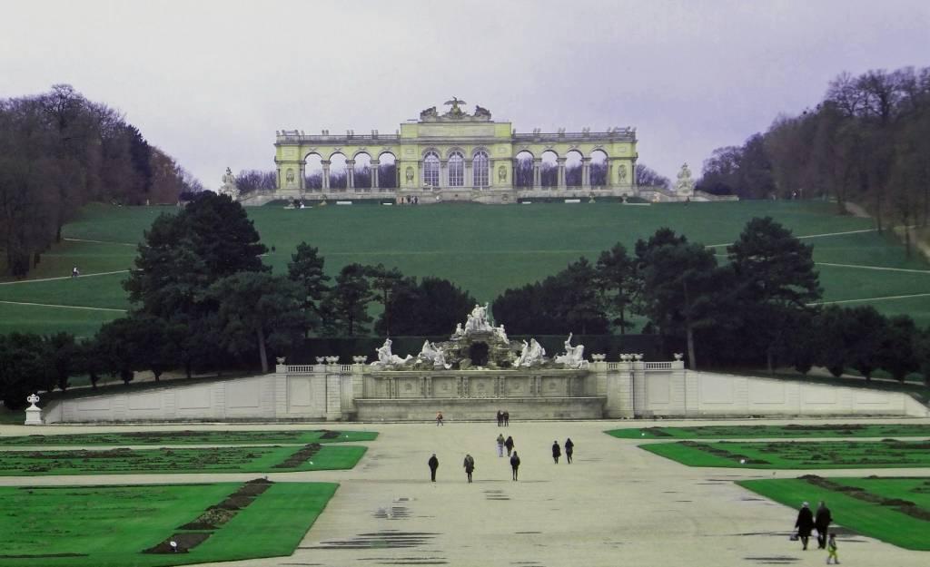 Schloss Schönbrunn in Wien - ehemalige Sommerresidenz von Kaiserin Sisi