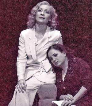 Spatz und Engel, auf dem Programmcover zu sehen sind Sona Mac Donald und Maria Happel. als Marlene Dietrich und Edith Piaf