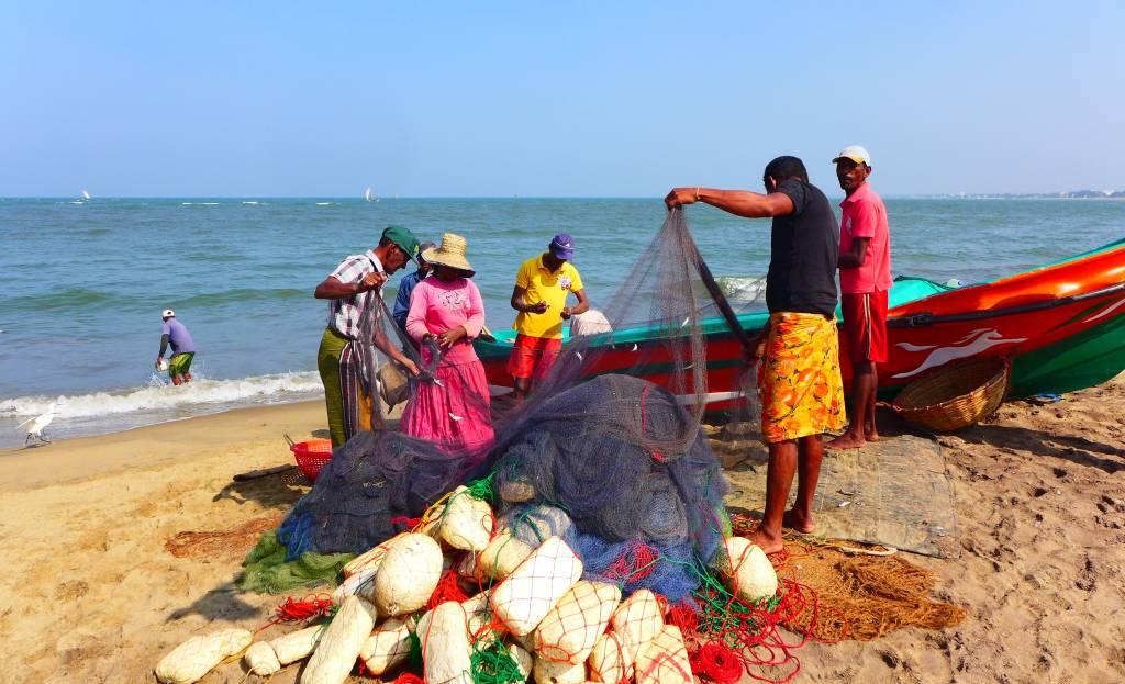 Urlaub unter Einheimischen: Morgens den Fischern bei der Arbeit zuschauen
