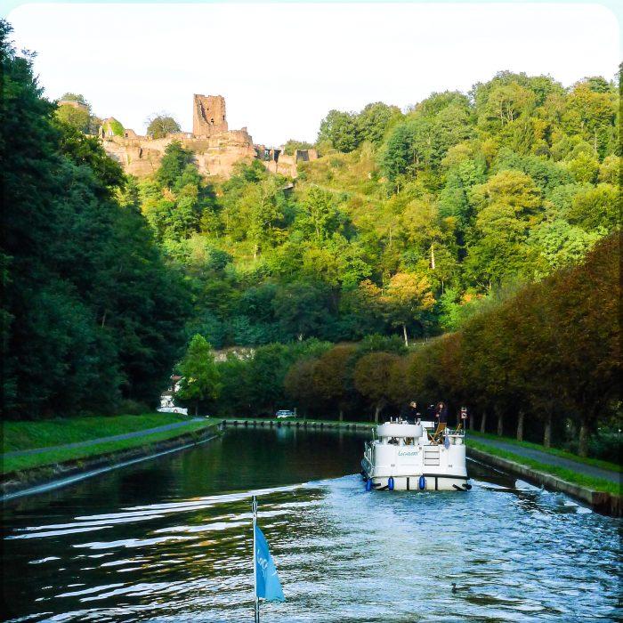 Hausboot-Tour auf dem Canal de la Marne au Rhin (Rhein-Marne-Kanal
